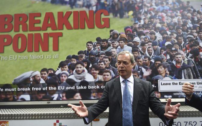 El líder del Partido de la Independencia del Reino Unido (UKIP),...