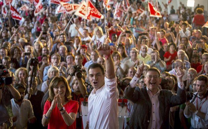 El candidato del PSOE a la presidencia del Gobierno, Pedro Sánchez...