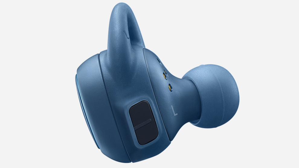 Su superficie táctil permite contestar una llamada y subir o bajar el...