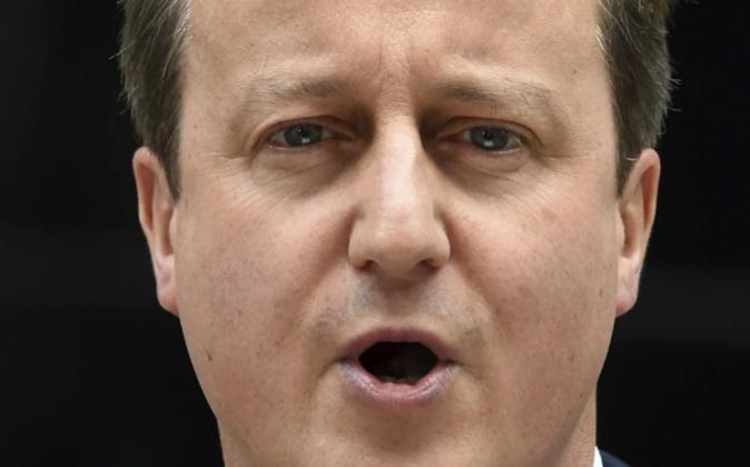 El primer ministro británico, David Cameron, en su mensaje hoy a la...