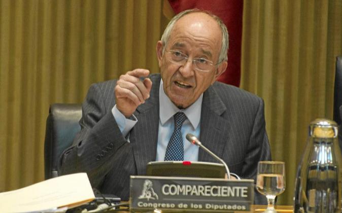 El exgobernador del Banco de España Miguel Ángel Fernández...