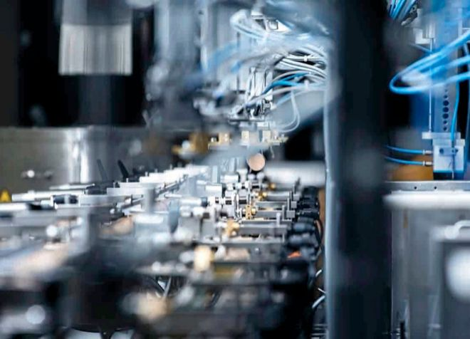 Amorim vende 4.000 millones de corchos al año y ha invertido en...