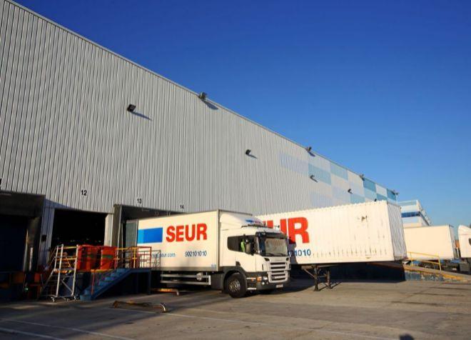 Centro logístico de Seur en Getafe (Madrid).