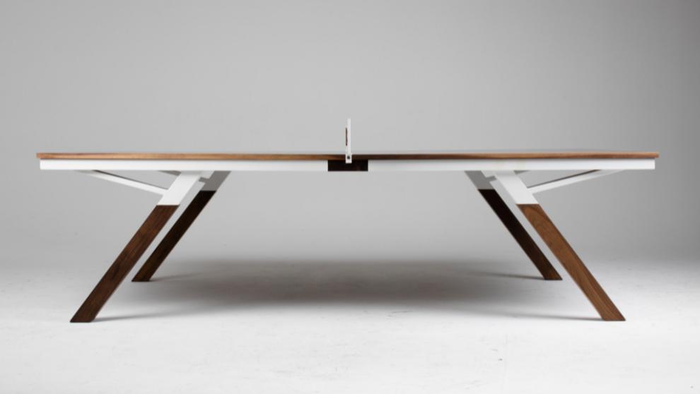 Hoy Woolsey creó una mesa de 'ping-pong' polivalente capaz...