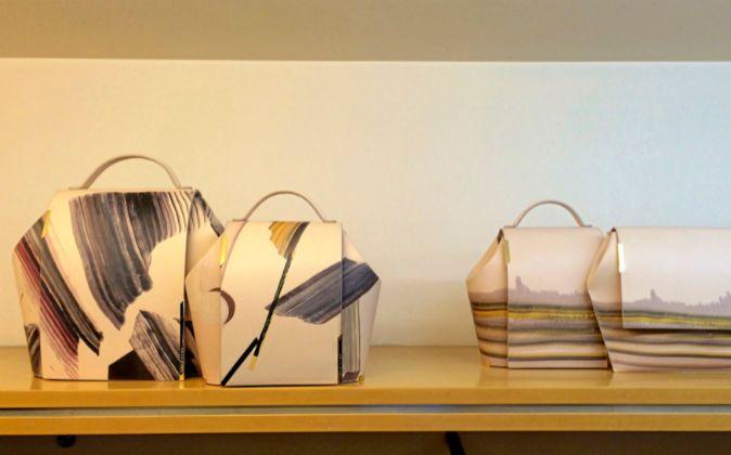 Onesixone es una joven marca de bolsos de lujo cuya identidad se basa...
