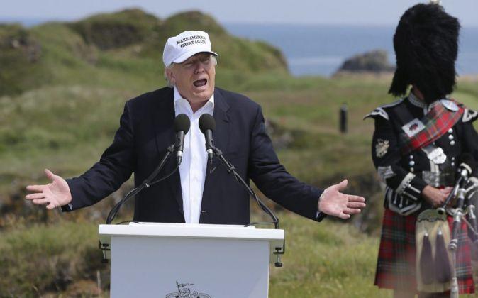 Donald Trump felicitó a los ingleses por 'recuperar su...