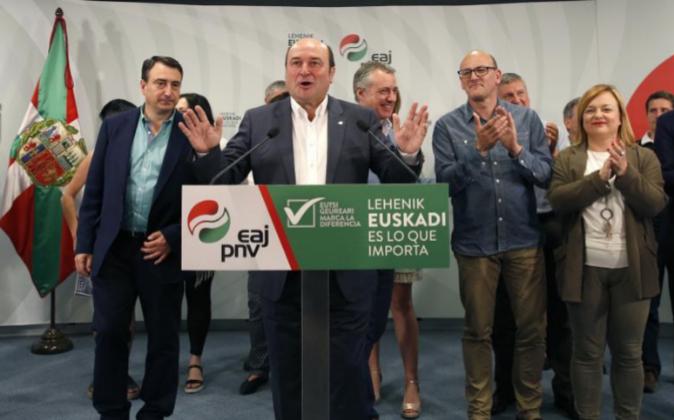 El presidente del PNV, Andoni Ortuzar, durante la rueda de prensa que...