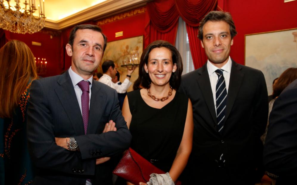 De izqda. a dcha., Ignacio Arráez, socio de Maio Legal; Carmen...