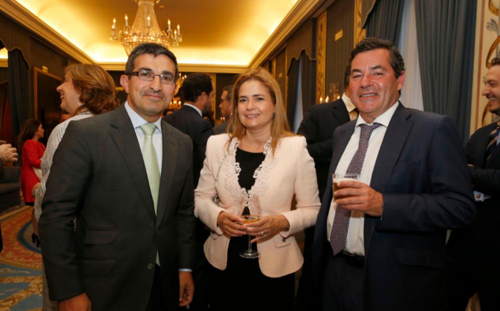 De izqda. a dcha., Luis Fernando Guerra, socio director de Deloitte...