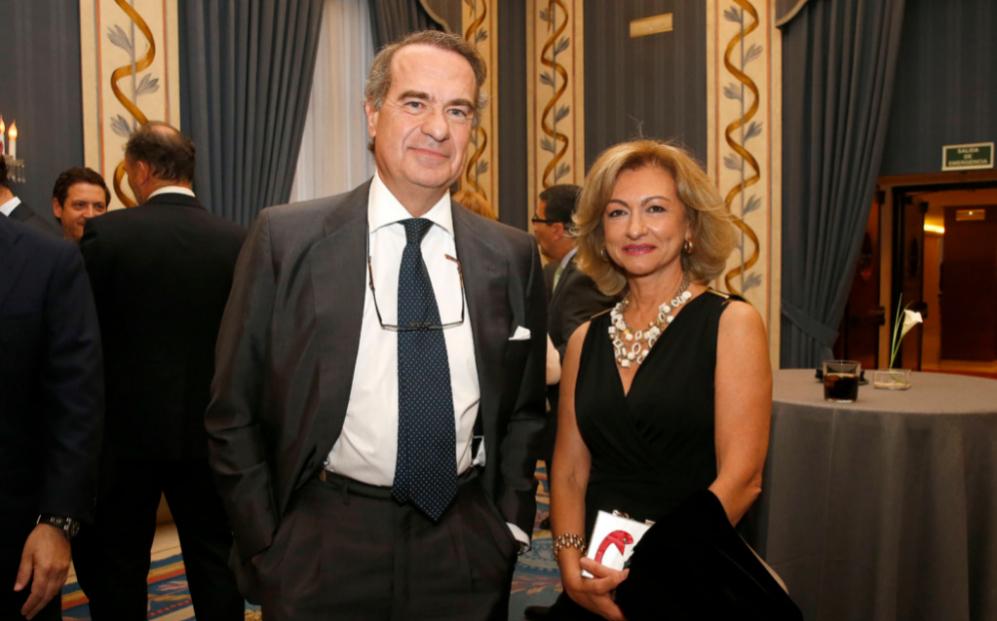 José María Alonso, socio director de Baker & McKenzie en Madrid, y...