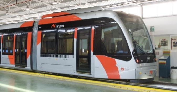 Tranvía de Zaragoza fabricado por CAF