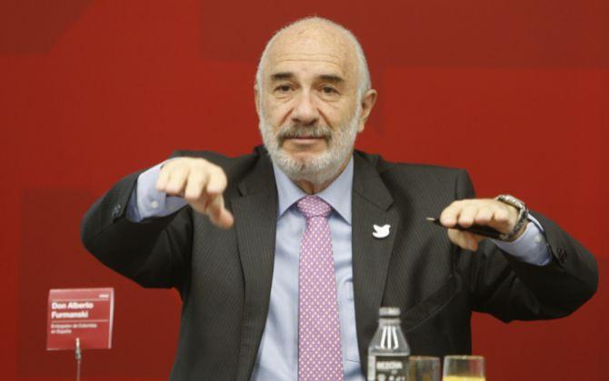Alberto Furmansky, embajador de Colombia en España, durante un...