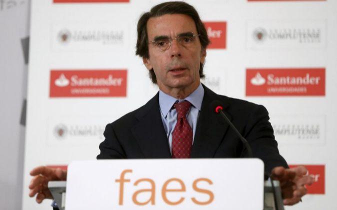 El expresidente del Gobierno y presidente de FAES, José María Aznar,...