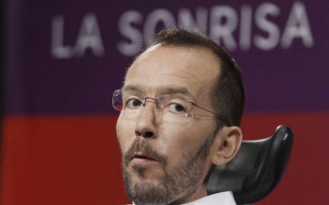 El secretario de Organización de Podemos, Pablo Echenique, durante su...