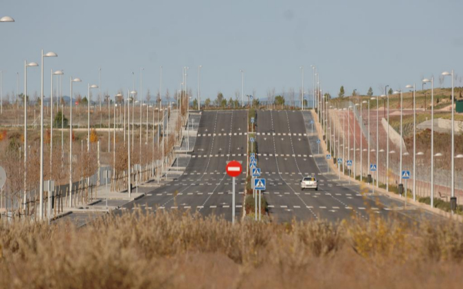 Nuevas infraestructuras en el barrio de Valdebebas, en Madrid.