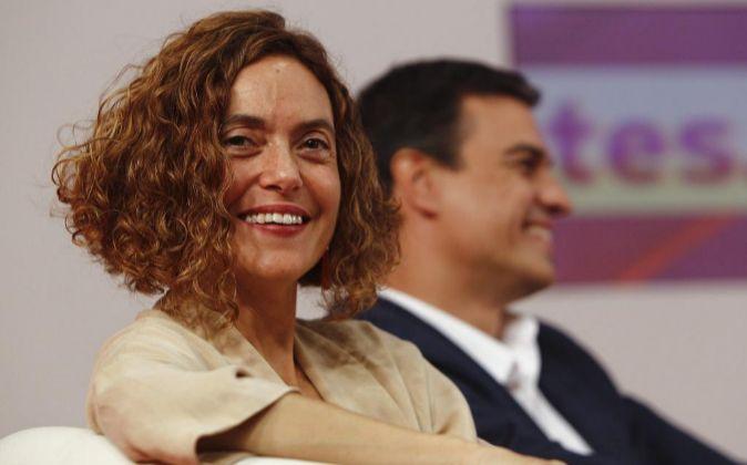 El secretario general del PSOE, Pedro Sánchez, y la número dos...