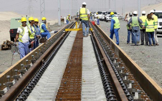 Vista de las obras del proyecto del tren de alta velocidad, en las...