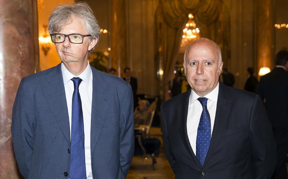 John Scott, presidente de KPMG España, e Hilario Albarracín,...