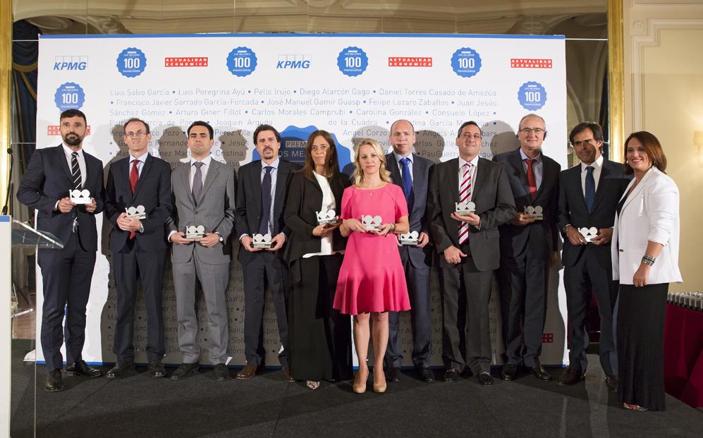 Cuarto grupo de premiados: Pablo de Diego, de Transportes Carrión;...