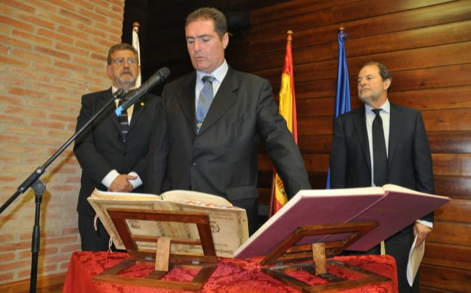Imagen de la toma de posesión de Martín Orna.