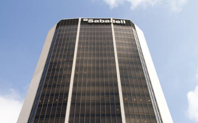 Edificio de Banco Sabadell en Barcelona.