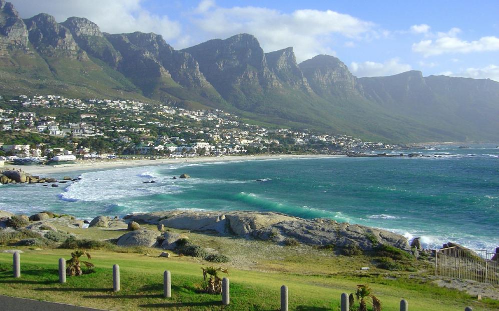 Camp Bay (Sudáfrica) Con sus más de 3.000...