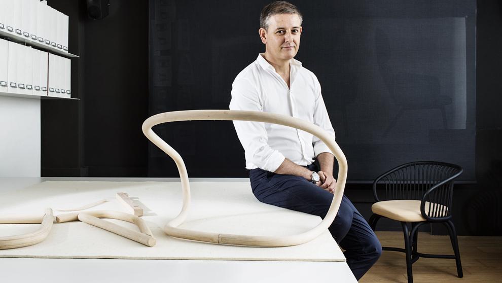 Mario Ruiz, galardonado con el Premio Nacional de Diseño, por su...