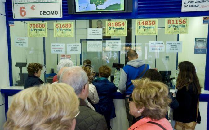 Interior de una administración de lotería.