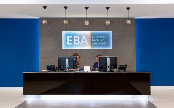 Las mayores críticas que ha recibido la EBA se deben a no haber...