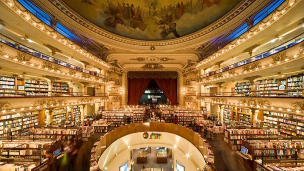 Ubicada en pleno corazón de Buenos Aires, la librería  Ateneo Grand...