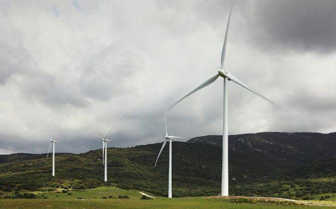 Imagen de un parque eólico de Fersa