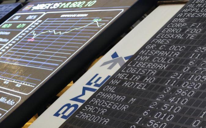Panel informativo del Ibex en la Bolsa de Madrid.