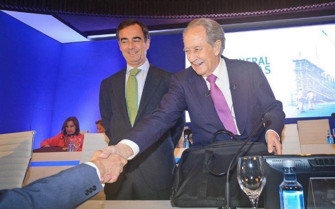 Imagen de Juan Miguel Villar Mir y de su hijo Juan Villar Mir de...
