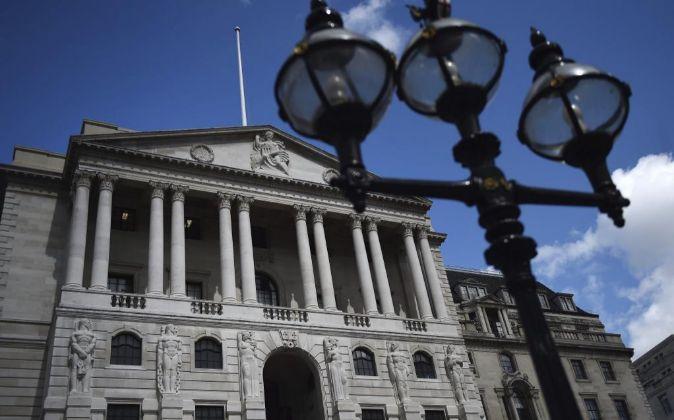 El Banco de Inglaterra anunció nuevas medidas de estímulo para...