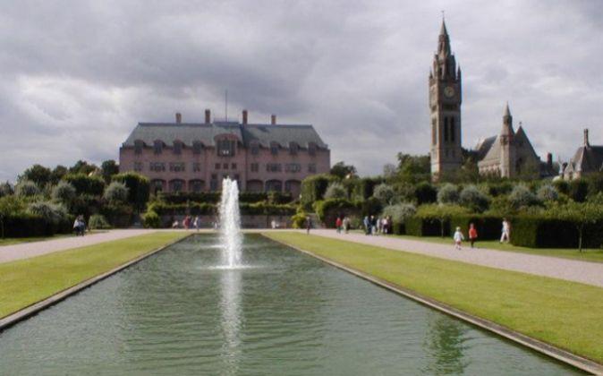 Eaton Hall ha sido el hogar del Duque de Westminster desde el siglo...