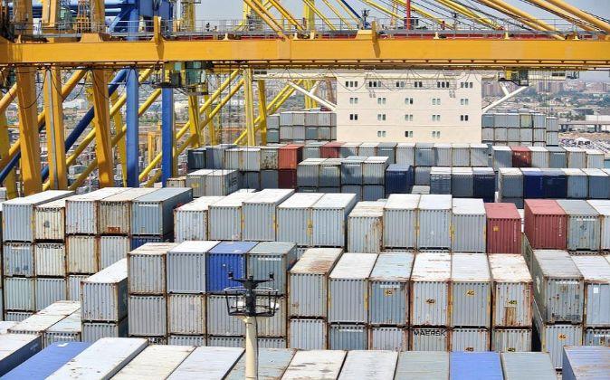 El buque portacontenedores de bandera danesa Eleanora Maersk, en...