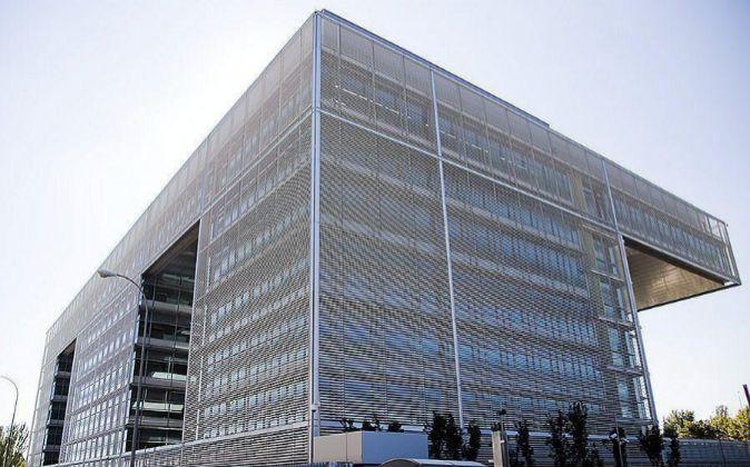 Sede de Banco Popular en el edificio Abelias en Campo de las Naciones...