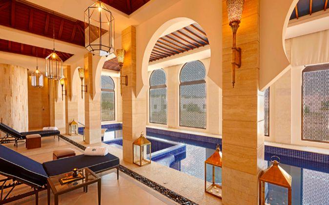 El hotel Banyan Tree Tamouda Bay no cuenta con habitaciones, sólo con...