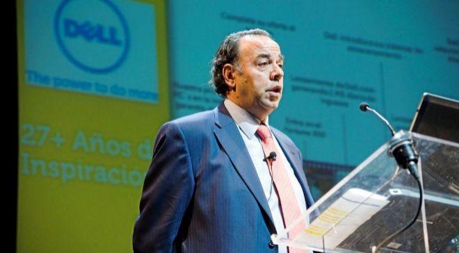 Ricardo Labarga es licenciado en Económicas por la Universidad...