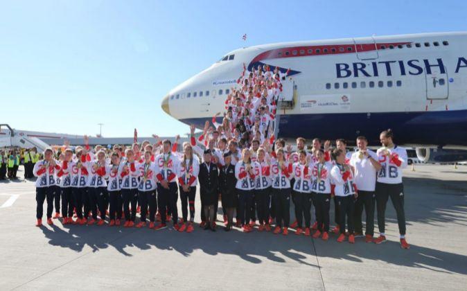 Llegada del equipo olímpico de Reino Unido al aeropuerto de Heathrow...