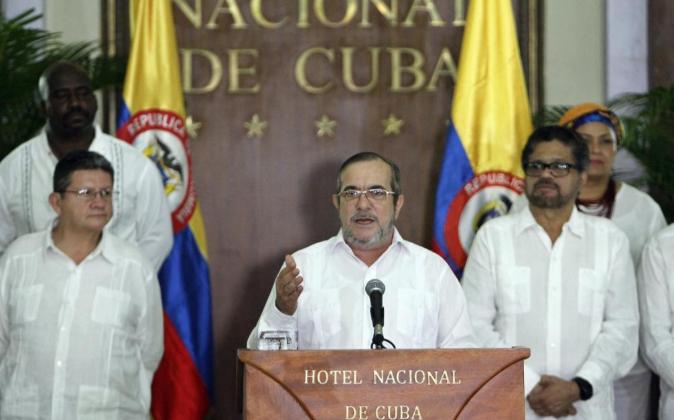 El líder de las FARC, Rodrigo Londoño Echeverri, alias...