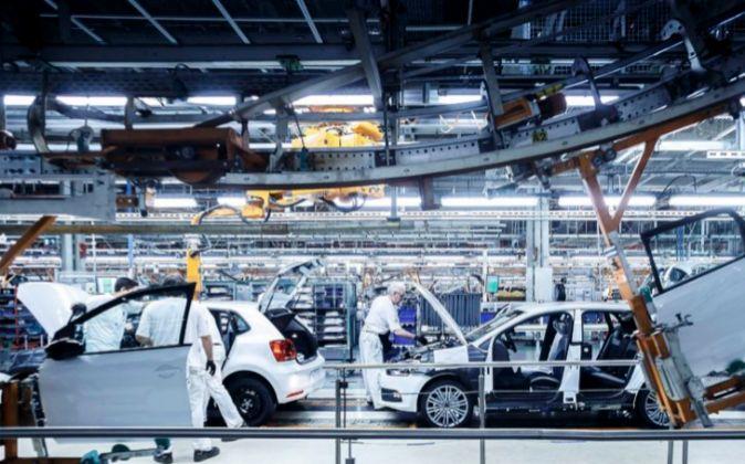 Fábrica de Volkswagen en Navarra, donde se produce el Polo, el coche...