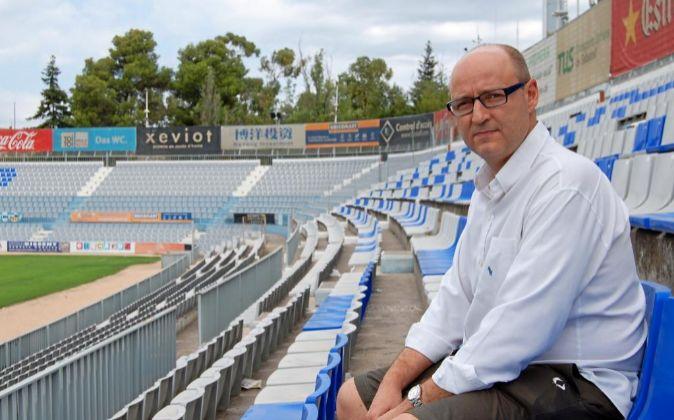 Antoni Reguant, presidente del CE Sabadell, en la Nova Creu Alta.