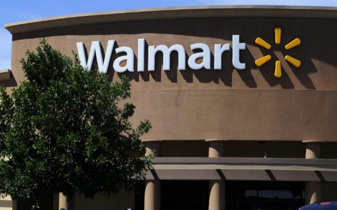 Establecimiento de la cadena Wal-Mart en Los Ángeles (EEUU).