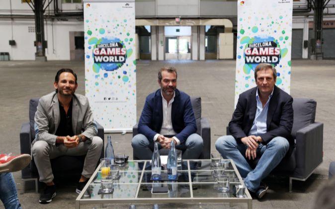 José Antonio Llopart, Alberto González y José María Morena, en la...