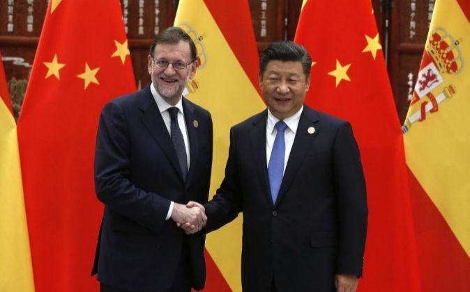 El presidente del Gobierno español en funciones, Mariano Rajoy,...
