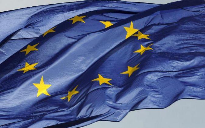 La bandera de la Unión Europea.