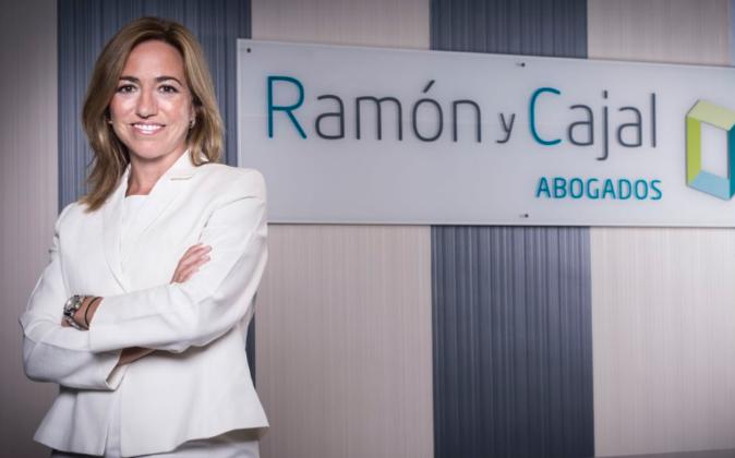 Carme Chacón acaba de incorporarse a Ramón y Cajal Abogados en...