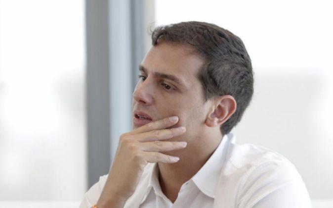 El presidente de Ciudadanos, Albert Rivera, durante la reunión que la...