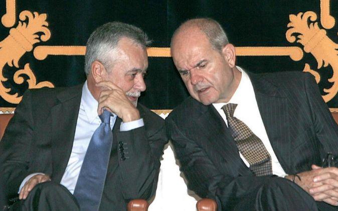 Manuel Chaves (derecha) y José Antonio Griñán (izquierda), en una...
